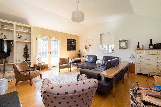Casa com oito lados que inspirou escritora Jane Austen é posta à venda (Foto: Divulgação)