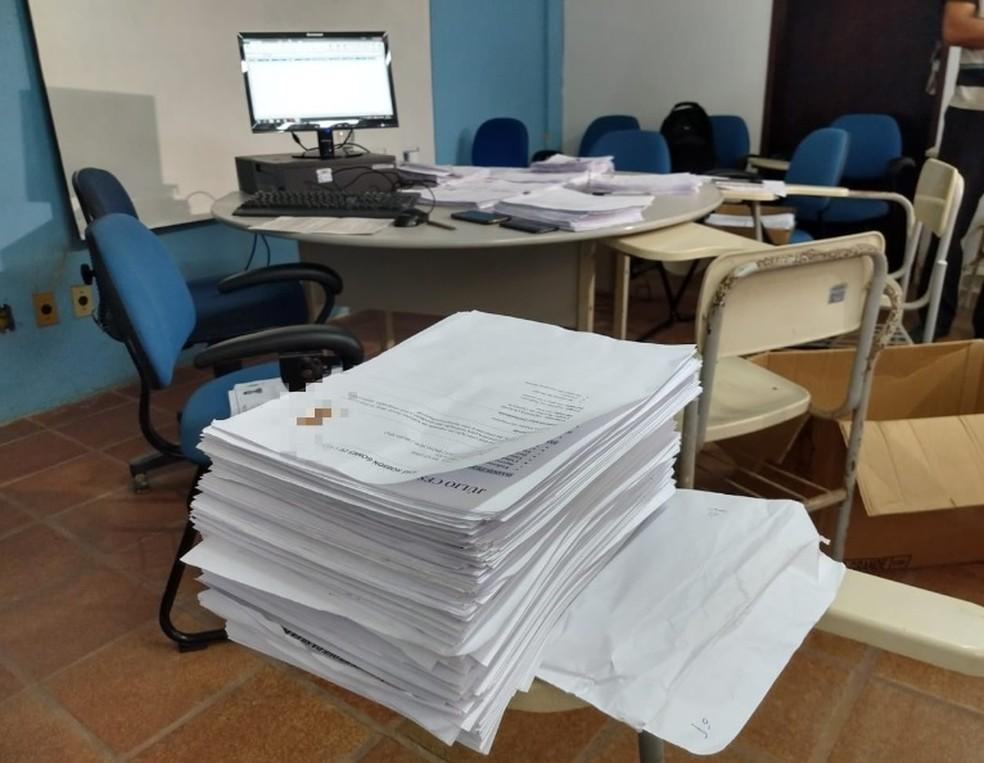 São 170 vagas destinadas para uma empresa de construção civil no Ceará.  — Foto: Almir Gadelha/ TV Verdes Mares
