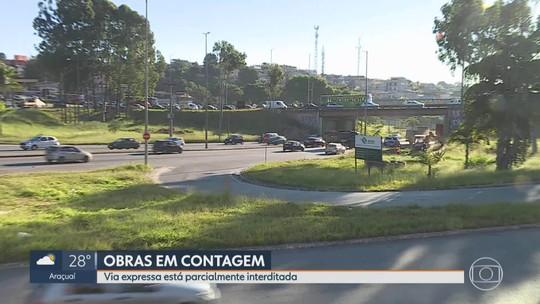 Via expressa, em Contagem, está parcialmente interditada
