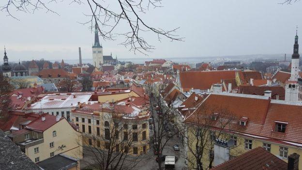 O segundo maior escritório da empresa está localizado em Tallinn, capital da Estônia (Foto: BBC)