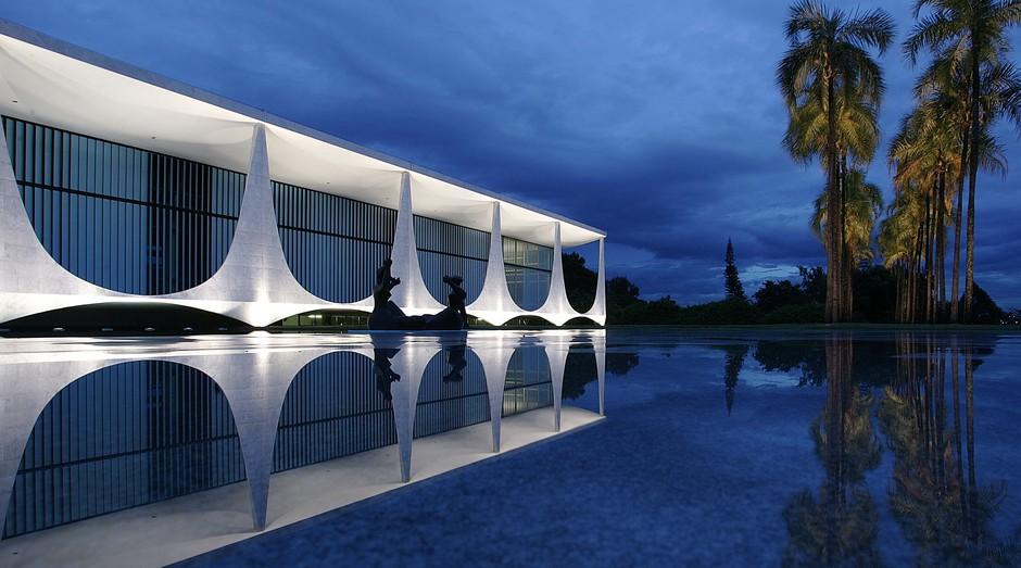 Palácio da Alvorada, em Brasília: jovem invadiu propriedade (Foto: Wikicommons)
