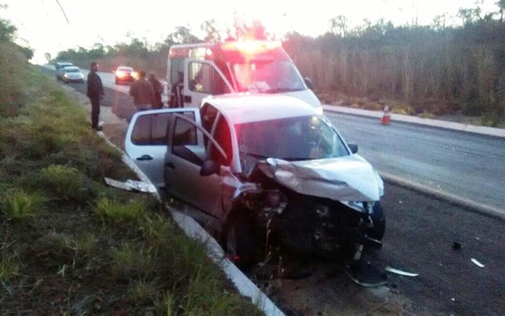 Colisão deixou mulher morta, na madrugada deste domingo (13) (Foto: Matuzalem Guimarães / Info São Desidério)