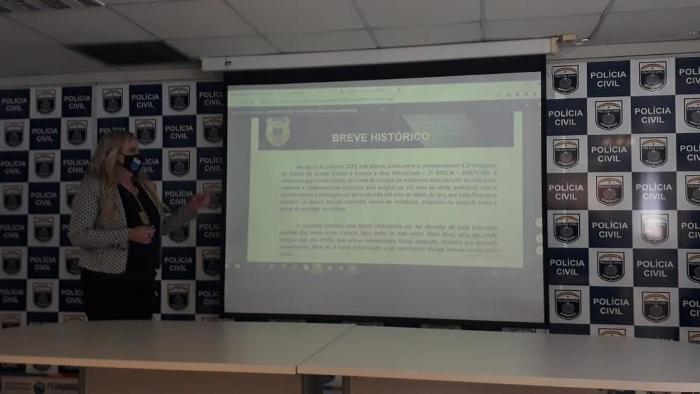 Delegada Vilaneida Aguiar apresentou detalhes do caso nesta sexta-feira (7) — Foto: Marina Meireles/G1