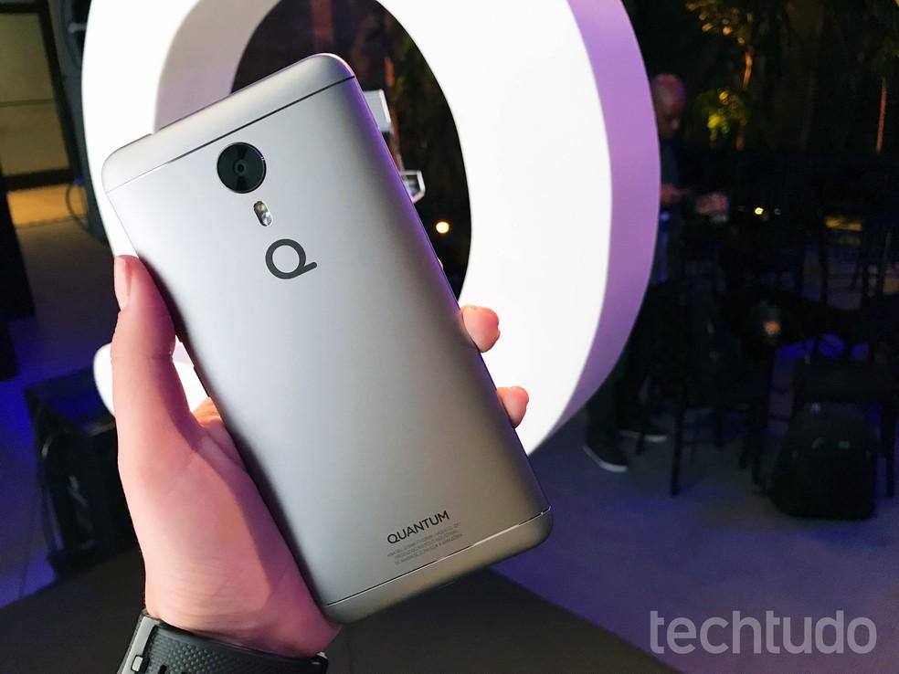 Quantum Sky é o novo celular brasileiro com preço competitivo (Foto: Anna Kellen Bull/TechTudo)
