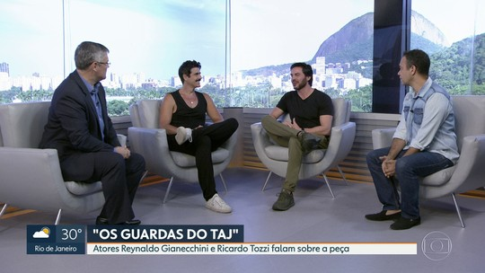 """Reynaldo Gianecchini e Ricardo Tozzi estão em cartaz com a peça """"Os guardas do Taj"""""""