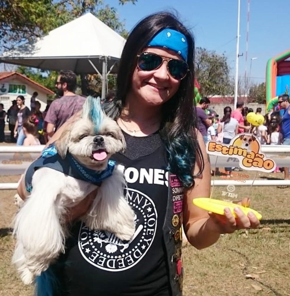 Cão da raça Shihtzu é eleito o mais parecido com a dona  — Foto: Francielle Souza/G1