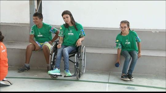 """Com a """"benção"""" de campeão Petrúcio Ferreira, festival celebra atleta paralímpico na Paraíba"""