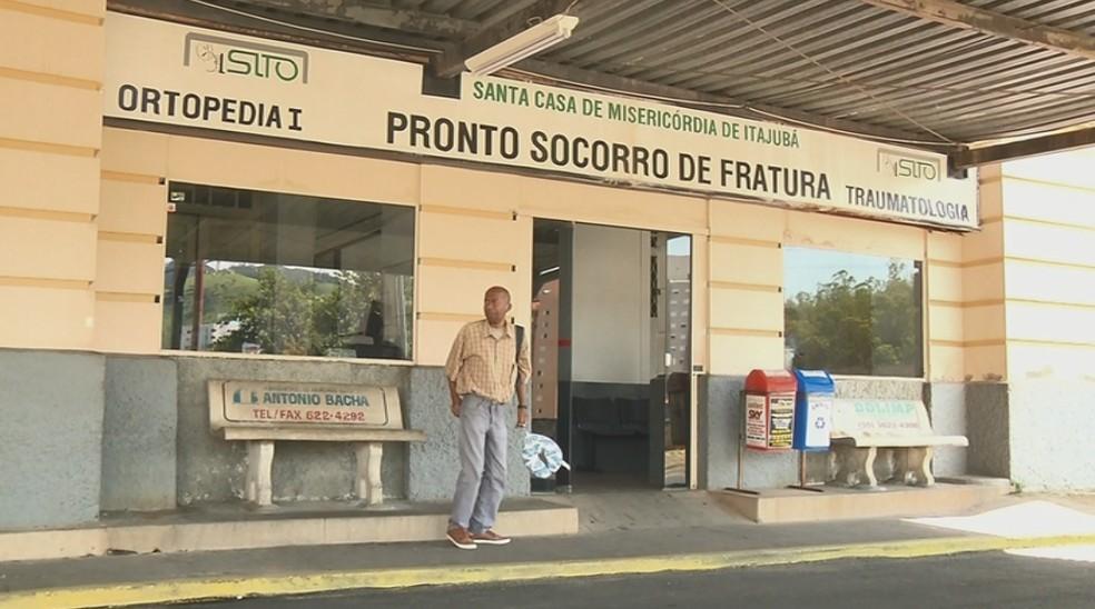 Falta de pagamento de salários suspende serviços na Santa Casa de Itajubá — Foto: Reprodução EPTV