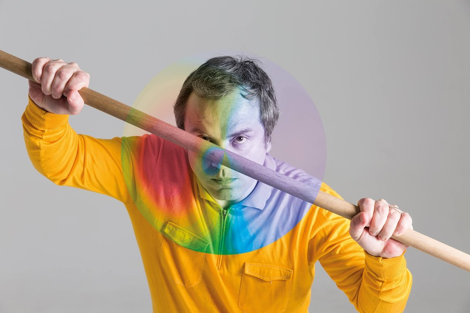 Armando Lôbo traz música do Queen para o Carnaval no passo do Frevo Diabo