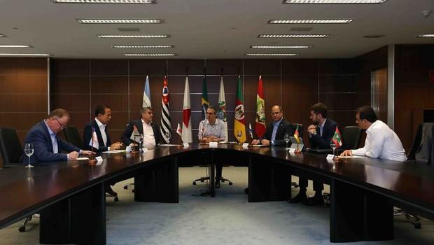 Romeu Zema organiza encontro com governadores e anuncia criação de consórcio entre os estados do Sul e Sudeste - (Foto:  Gil Leonardi/agenciaminas.mg.gov)