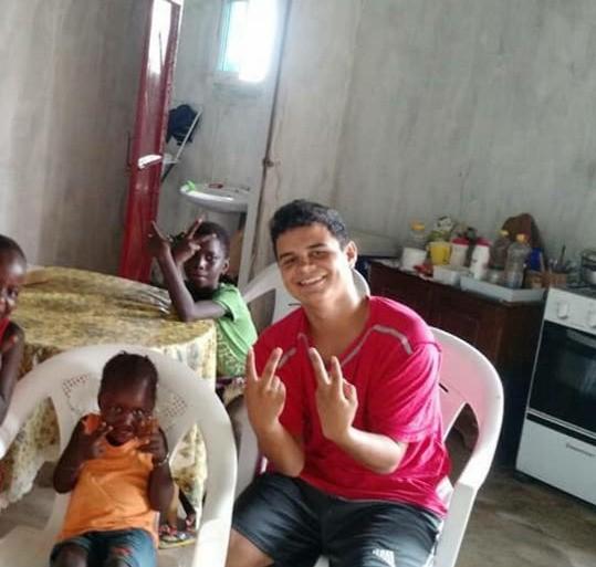 Missionário cearense contrai doença na Guiné-Bissau e família quer ajuda para transferência