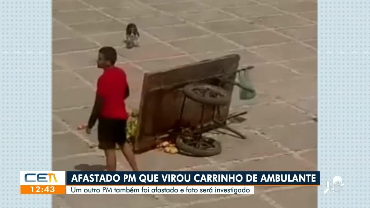 Policial militar é afastado após derrubar carrinho de frutas de ambulante
