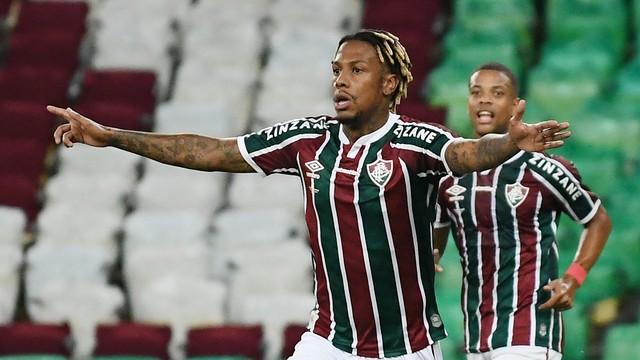 Abel comemora o gol do Fluminense contra o Flamengo