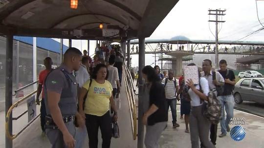 Estudantes da RMS têm acesso parcial à integração entre metrô e ônibus que começou no domingo, diz Metropasse