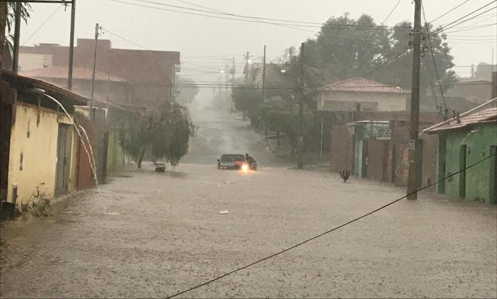 Bairro Canelas ficou inundado (Foto: Juliana Gorayeb/ Arquivo pessoal)