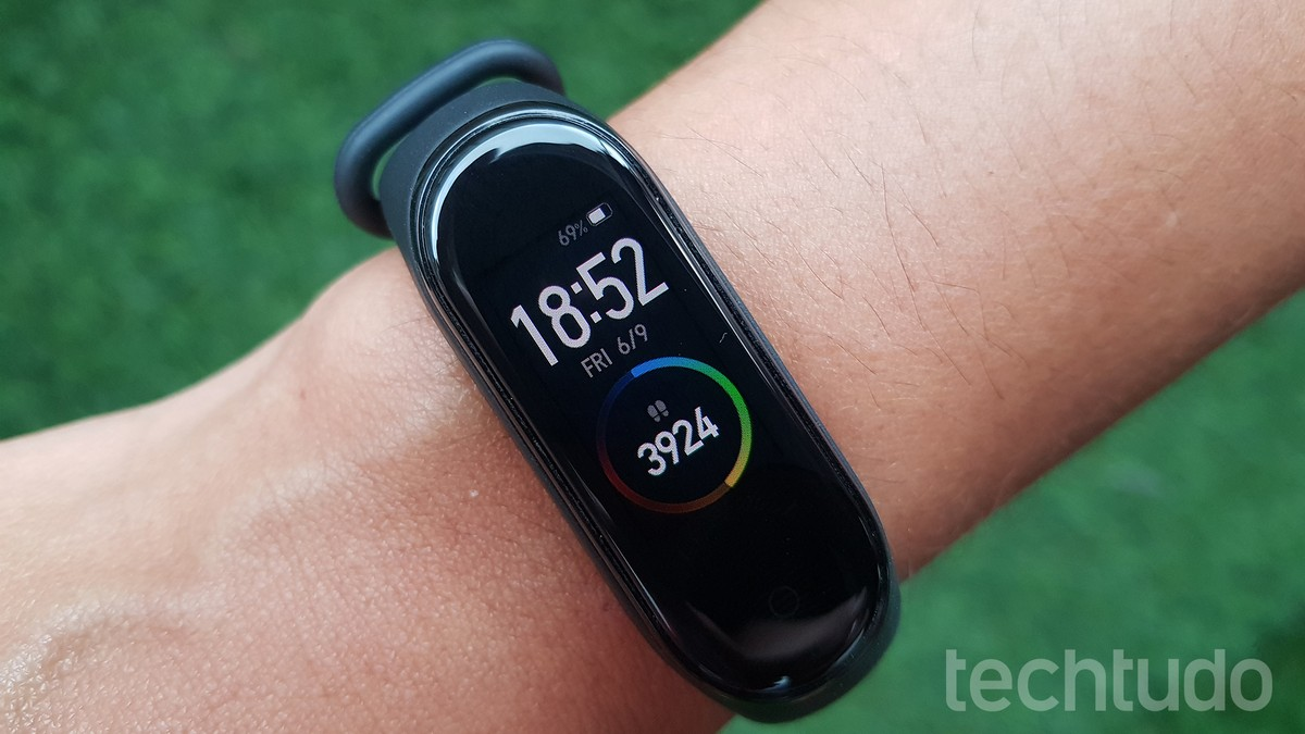 Como Carregar A Mi Band 4 Xiaomi Wearables Techtudo