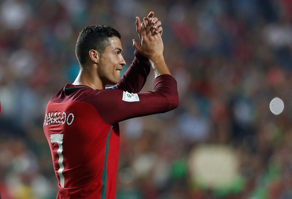 CR7 e os campeões europeus serão destrinchados pelo Santos (Foto: Reuters)