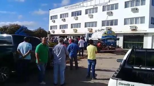 Credores da empresa Mendes Júnior cobram dívidas de serviços prestados na Transposição do Rio S. Francisco