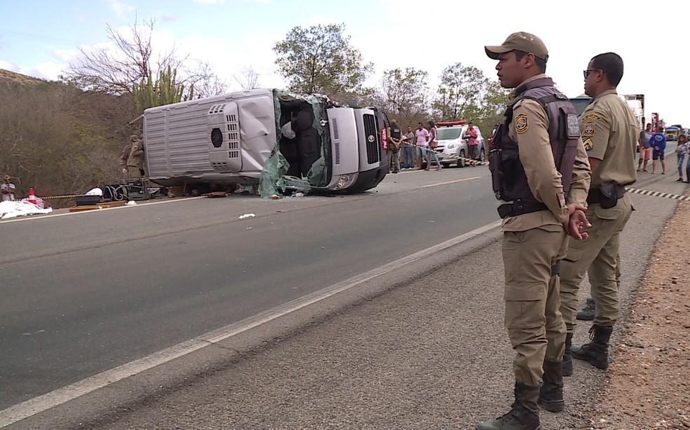 Acidente na Serra da Santa, em Petrolina — Foto: Reprodução / TV Grande Rio