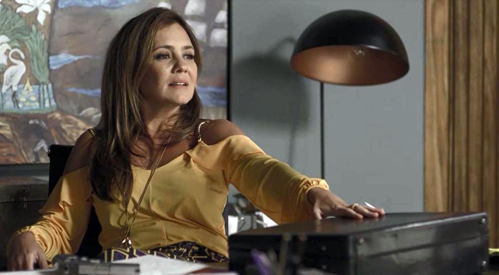 Laureta faz acerto de contas com Roberval (Foto: Globo)