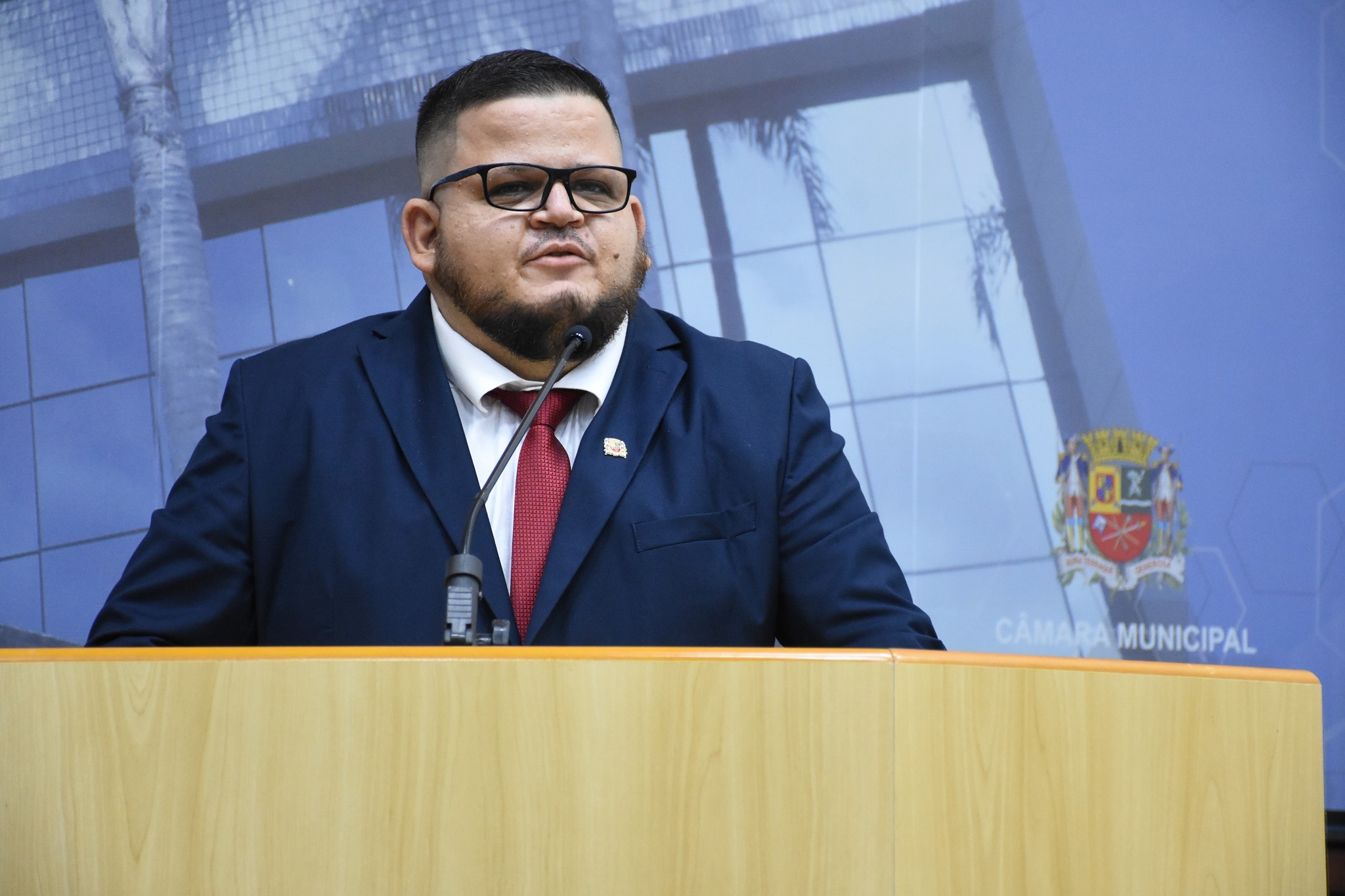 Vereador Rafael Pascucci é extubado, mas segue internado na UTI em São José