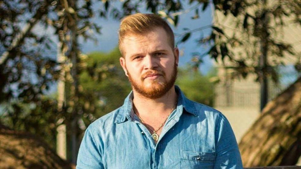 Aleksandro Machado se tornou doador de sêmen há oito meses: 'Acreditava que ninguém iria entrar em contato comigo, mas logo recebi muitas mensagens (Foto: BBC)