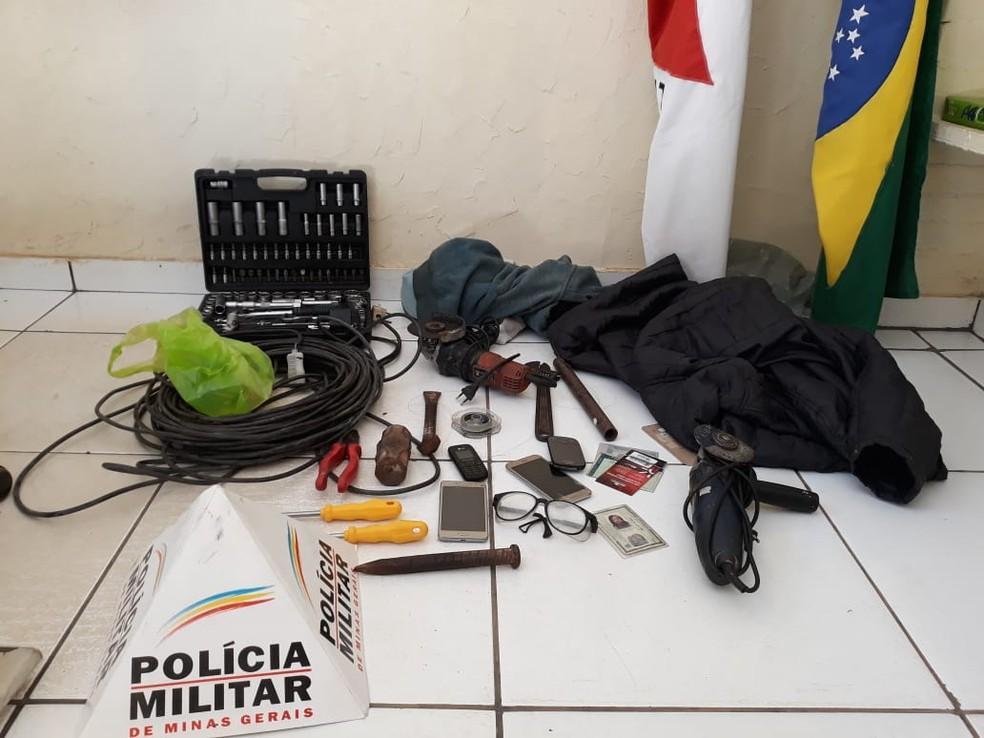 Polícia apreendeu ferramentas que seriam usadas nos furtos — Foto: Polícia Militar/ Divulgação