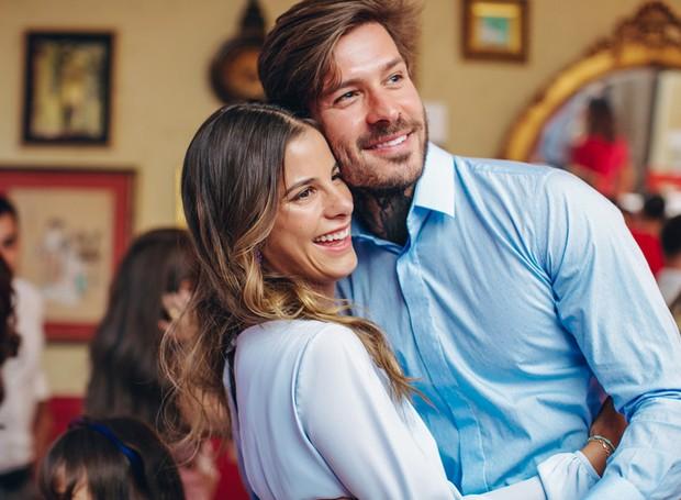 Casados há um ano, Shantal Abreu e Mateus Verdelho aguardam a chegada de Filippo (Foto:  Luiza Ferraz/ Reprodução)