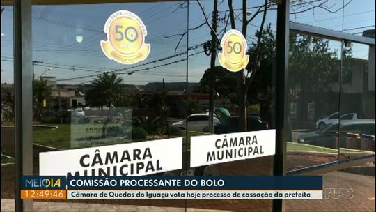 Vereadores votam pedido de cassação da prefeita Marlene Revers, de Quedas do Iguaçu