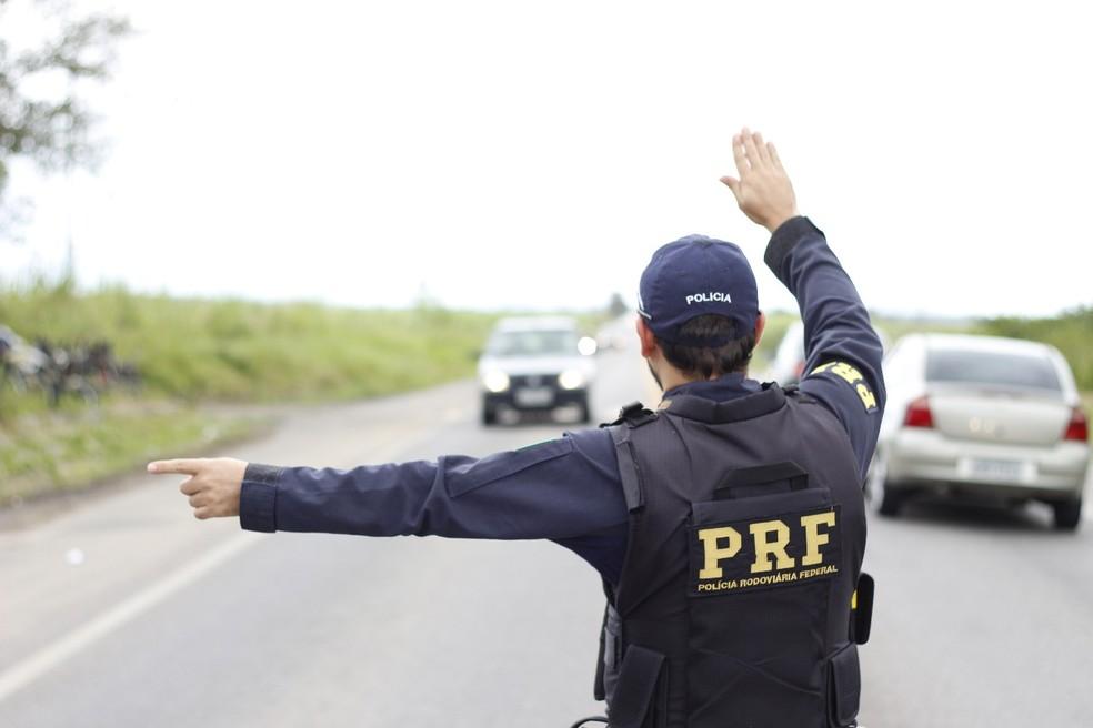 PRF inicia operação de Natal