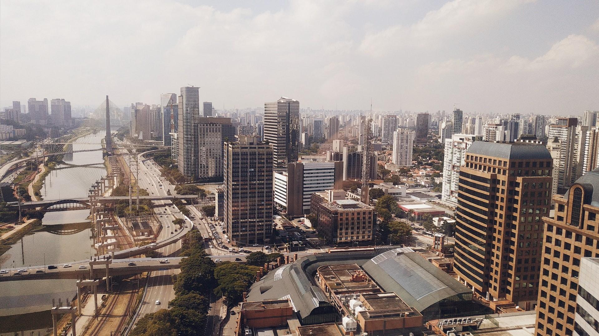 Isolamento de 50% em São Paulo reduziria casos de Covid-19 e metade das mortes (Foto: Renan/Unsplash)