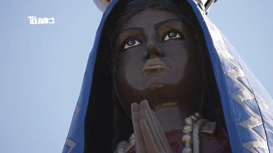 Reveja a história da imagem gigante de Nossa Senhora Aparecida e da comunidade de 'Santa Montanha'