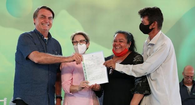 Bolsonaro elogia agro na pandemia e diz que lockdown não tem comprovação científica