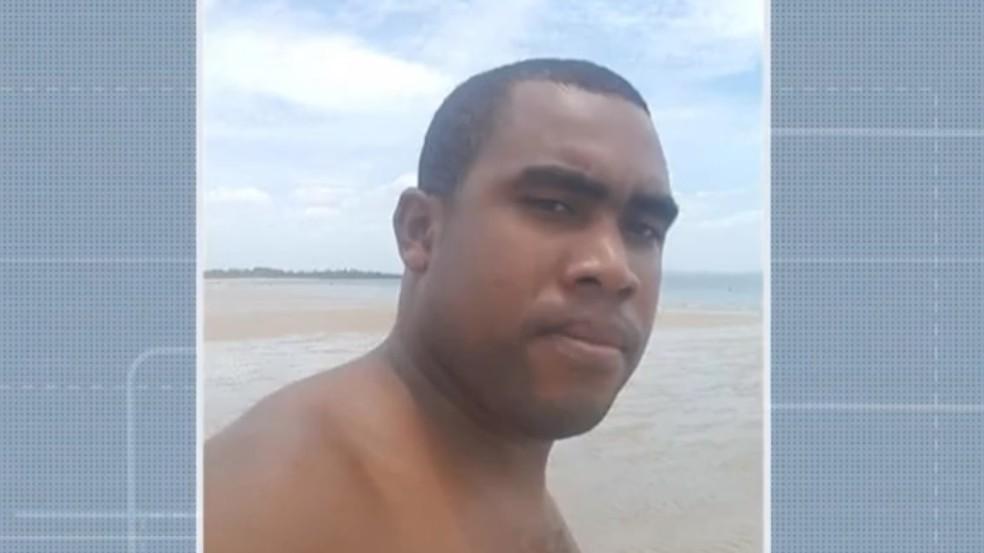 Alexandre Passos Silva Góes é considerado foragido — Foto: Reprodução/TV Bahia