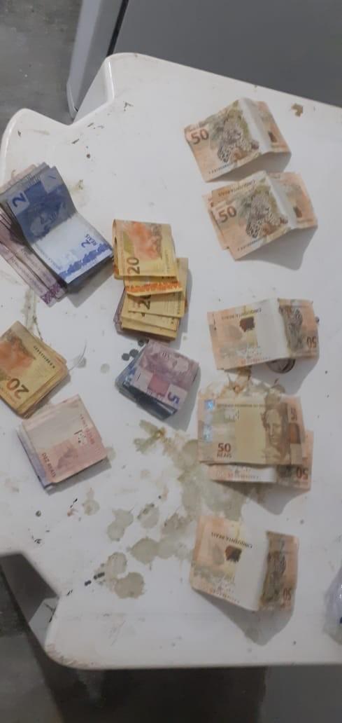 Homem é preso com R$ 900 em notas falsas após aplicar golpes no Sul do Piauí