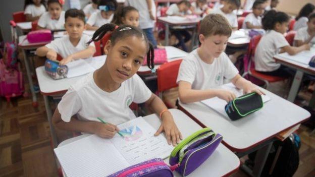 A lei imperial previa a criação de 'escolas de meninas', considerado uma novidade para a época (Foto: SECRETARIA DE EDUCAÇÃO/GOV.SP/DIVULGAÇÃO/BBC)