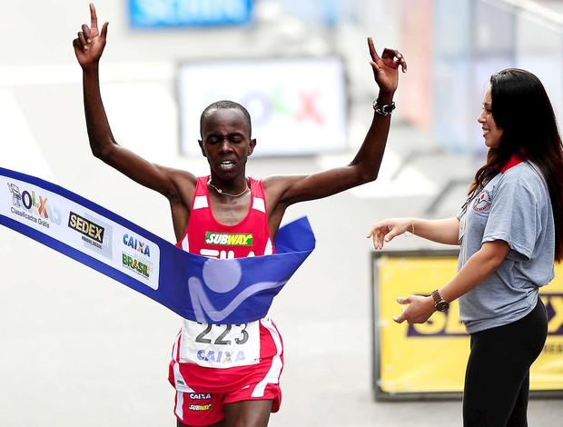 Edwin Kipsang vence corrida de São Silvestre (Foto: Marcos Ribolli / Globoesporte.com)