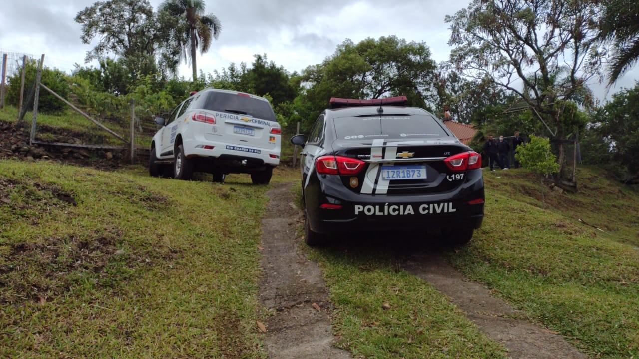 Menino de 2 anos é encontrado morto em casa; pai foi preso em Garibaldi
