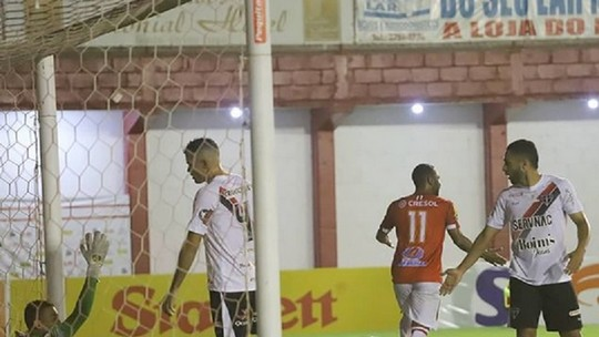 Foto: (Victor Souza/Tombense)