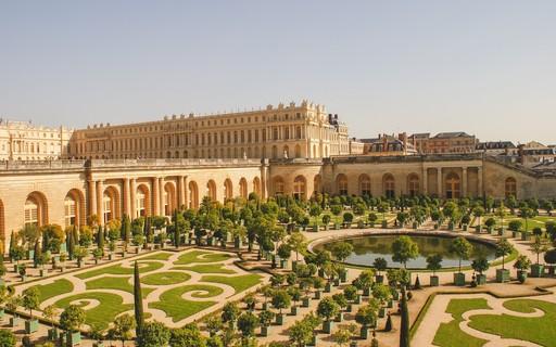 10 castelos ao redor do mundo que você precisa visitar