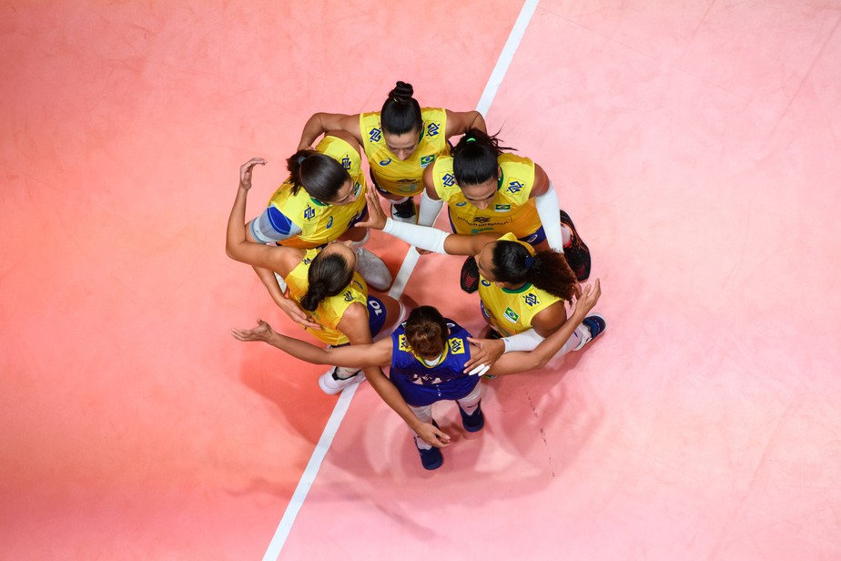 Brasil ignora a Bulgária, reage após queda e fecha com vitória a segunda etapa da Liga das Nações