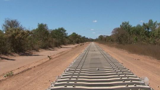 Promessa de melhoria no escoamento de grãos na Bahia, ferrovia em obras gera crescimento econômico no oeste