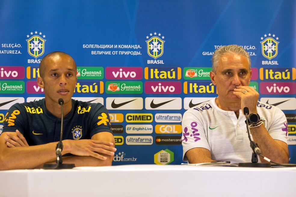 Miranda vai ser o capitão da Seleção no último amistoso antes da Copa, contra a Áustria (Foto: Pedro Martins / MoWA Press)