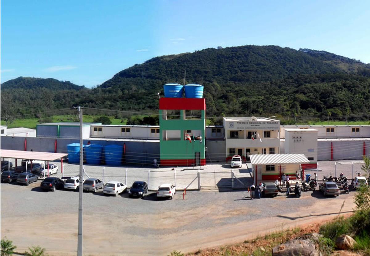 Tr s detentos do regime semiaberto fogem do pres dio regional de tubar o santa catarina g1 - Regime 16 8 ...