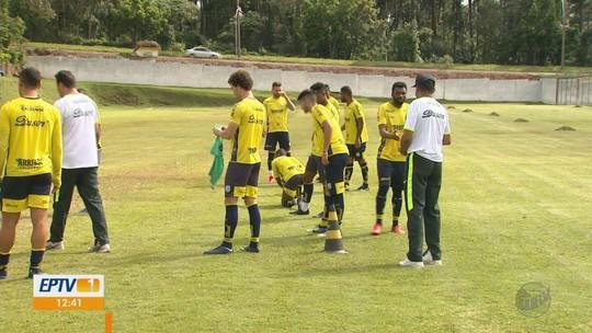 Com Mauro Fernandes, Caldense cresce e busca terceira vitória no Mineiro