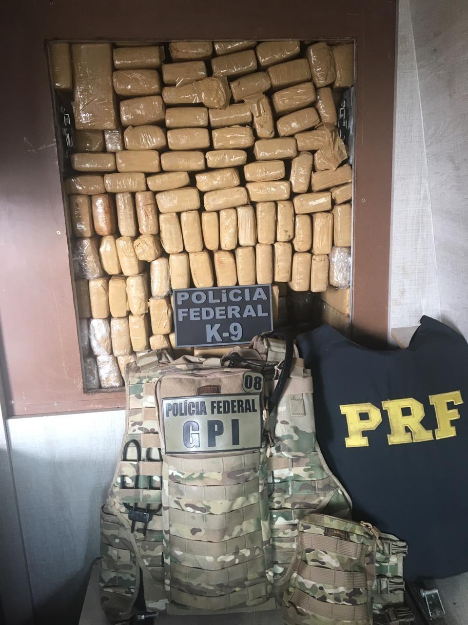 Mais de 1,5 tonelada de maconha é apreendida na BR-163, em Guaíra - Notícias - Plantão Diário