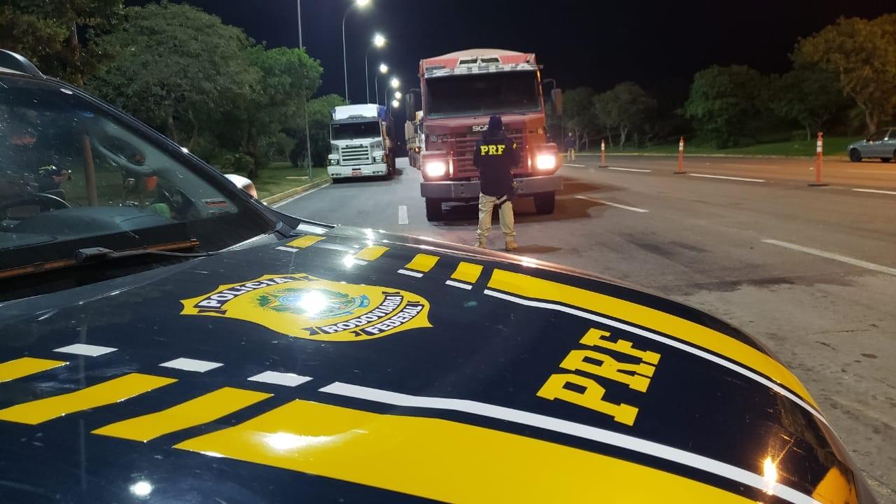 Adolescente de 17 anos é flagrado conduzindo caminhão de soja em Capão do Leão, diz polícia