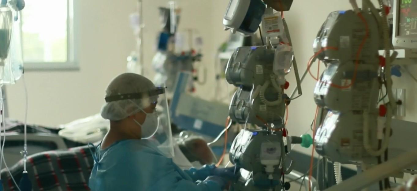 Hospital de Cascavel devolve equipamentos para tratamento da Covid-19 por falta de profissionais da saúde