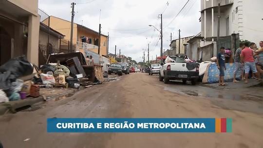 Famílias atingidas pelas chuvas em Curitiba e Região Metropolitana precisam de ajuda; veja como fazer doações