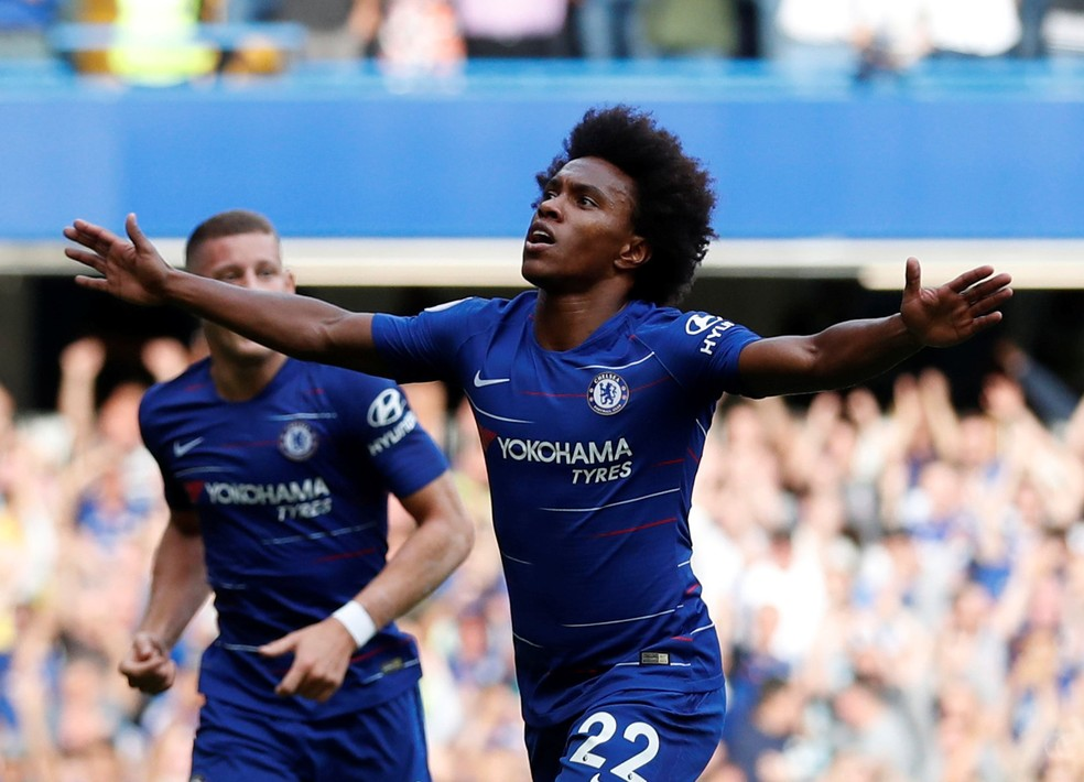 Willian segue na mira do Barcelona — Foto: Reuters